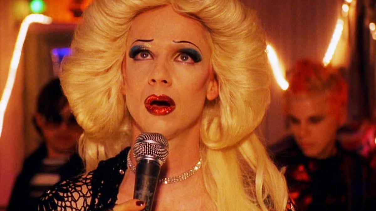 Hedwig sings the Origin of Love
